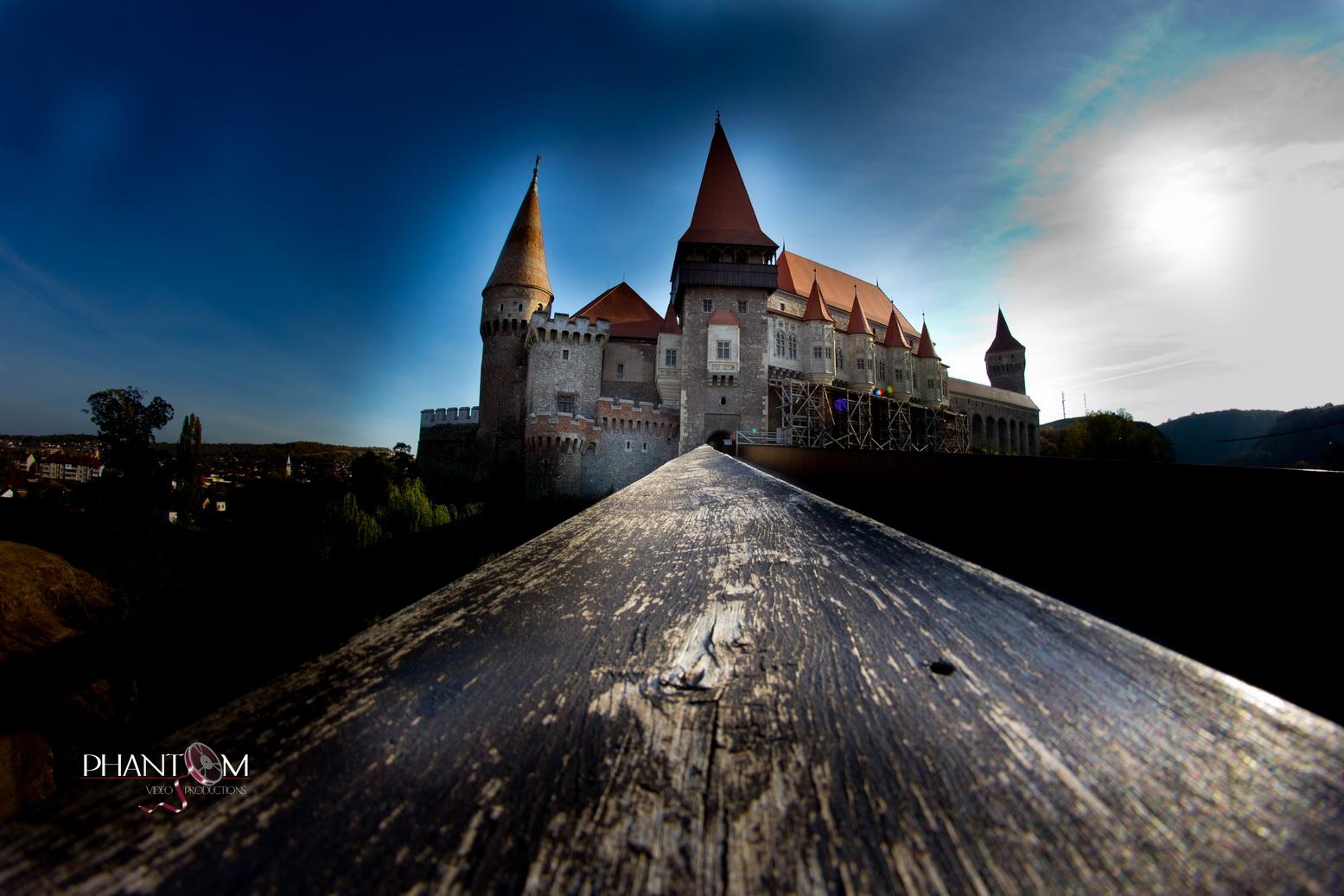Castelul Corvinilor 1