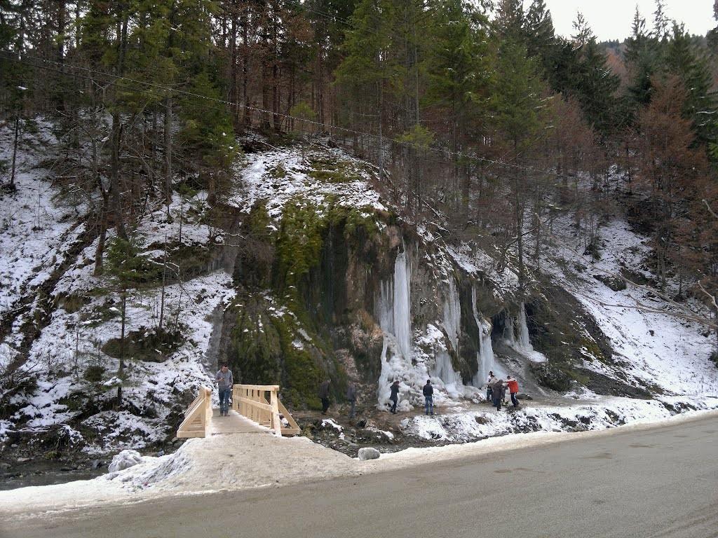 Cascada La Chisatoarea