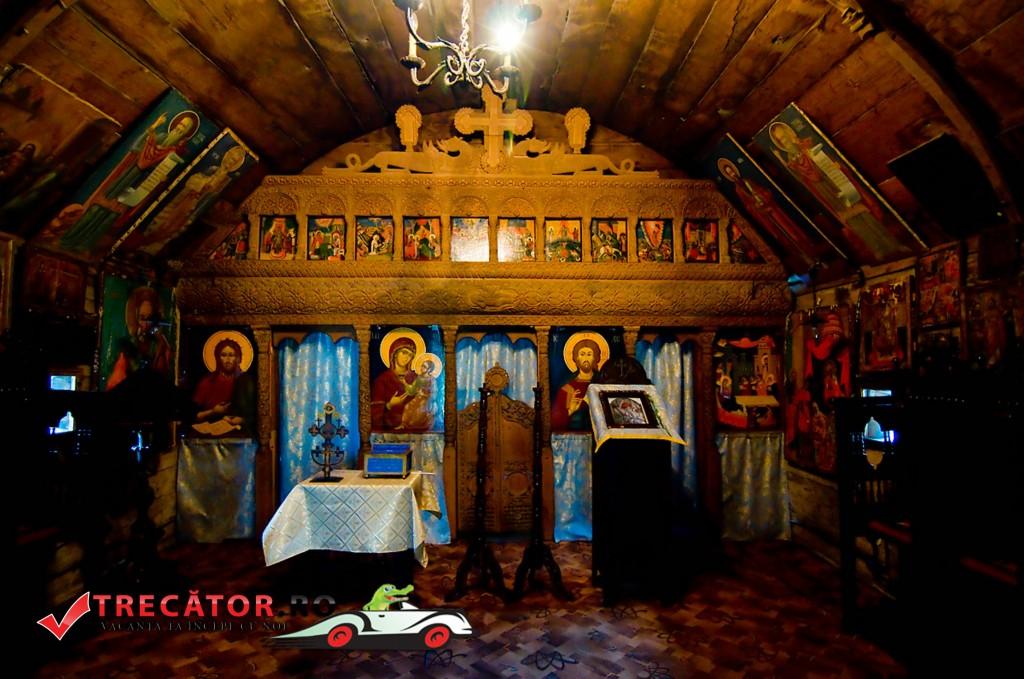 Mănăstirea Dintr un Lemn 3