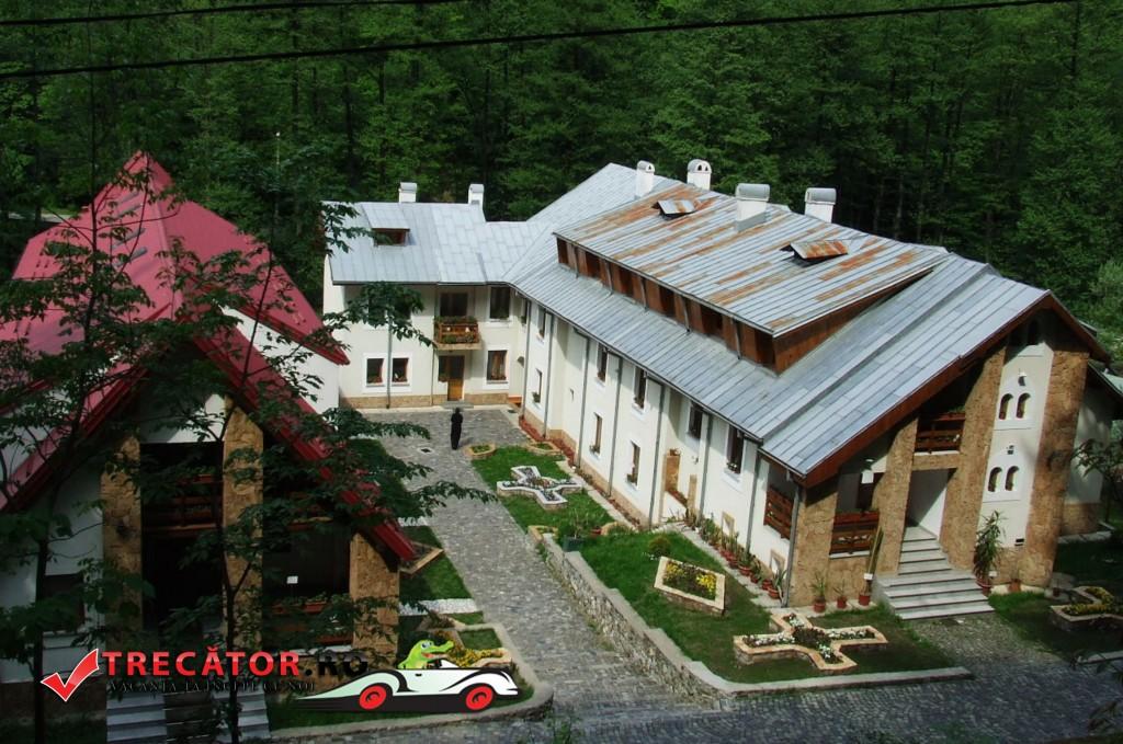 Mănăstirea Tismana 2