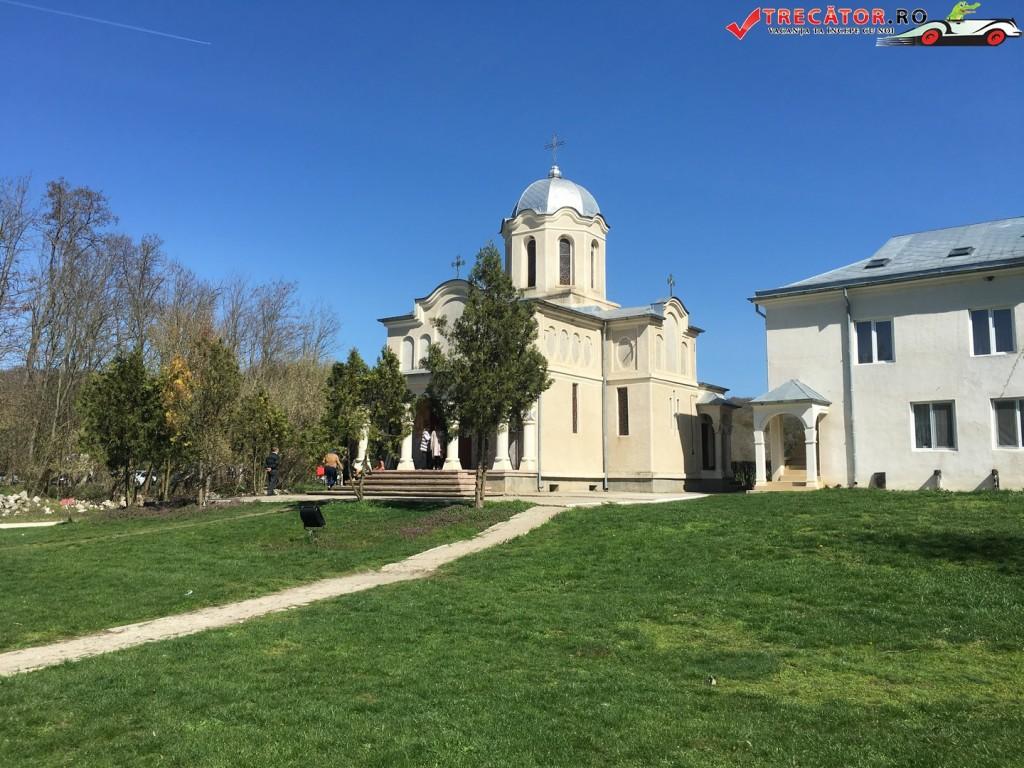 Manastirea Pestera Sf Andrei 7