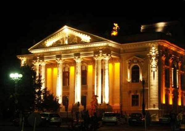 Teatrul de stat oradea 1