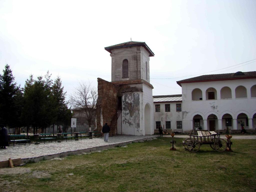 Mănăstirea Comana 1
