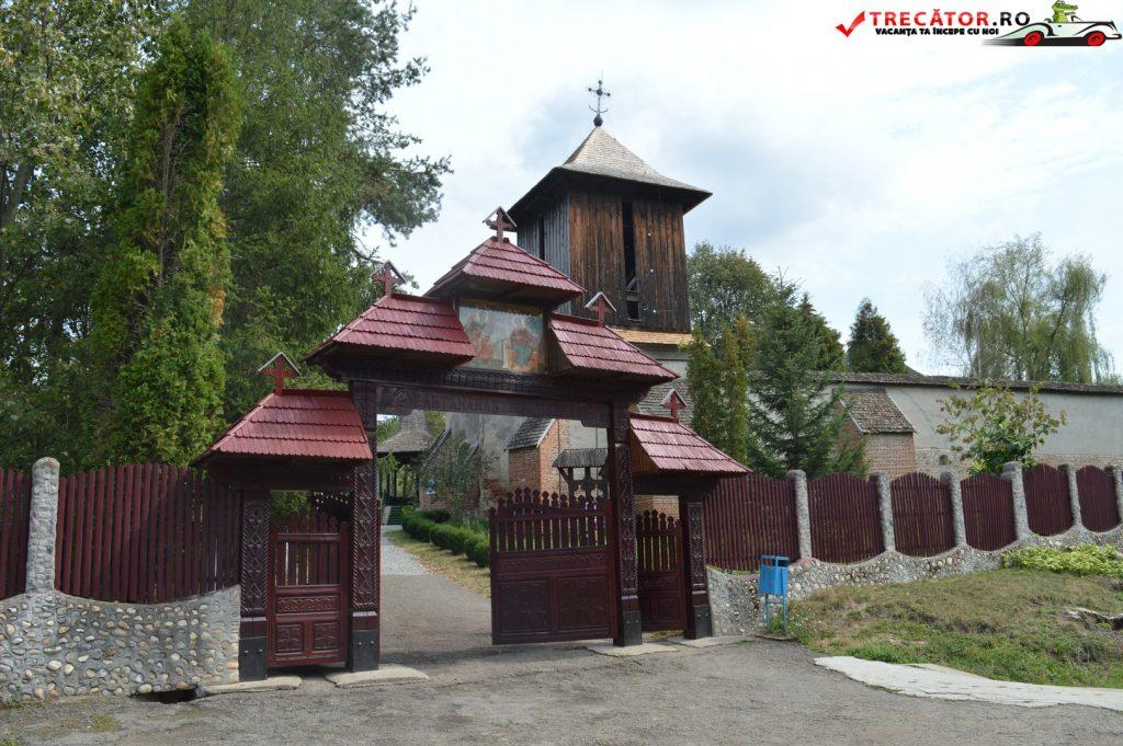 manastirea-cotmeana-05