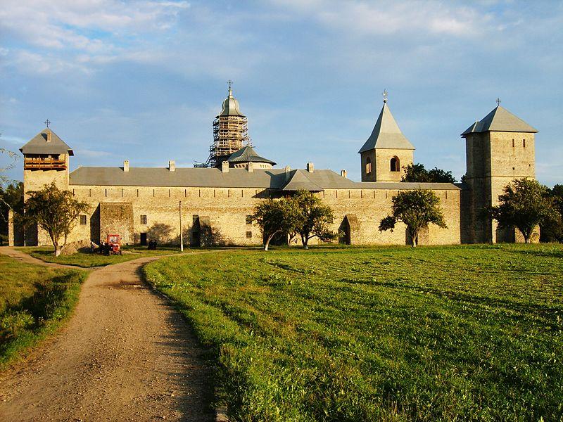 Mănăstirea Dragomirna 2