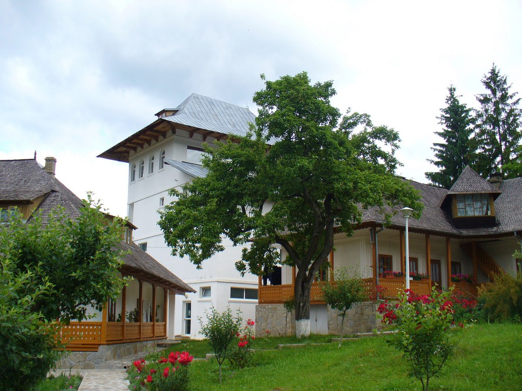 Mănăstirea Durău 2