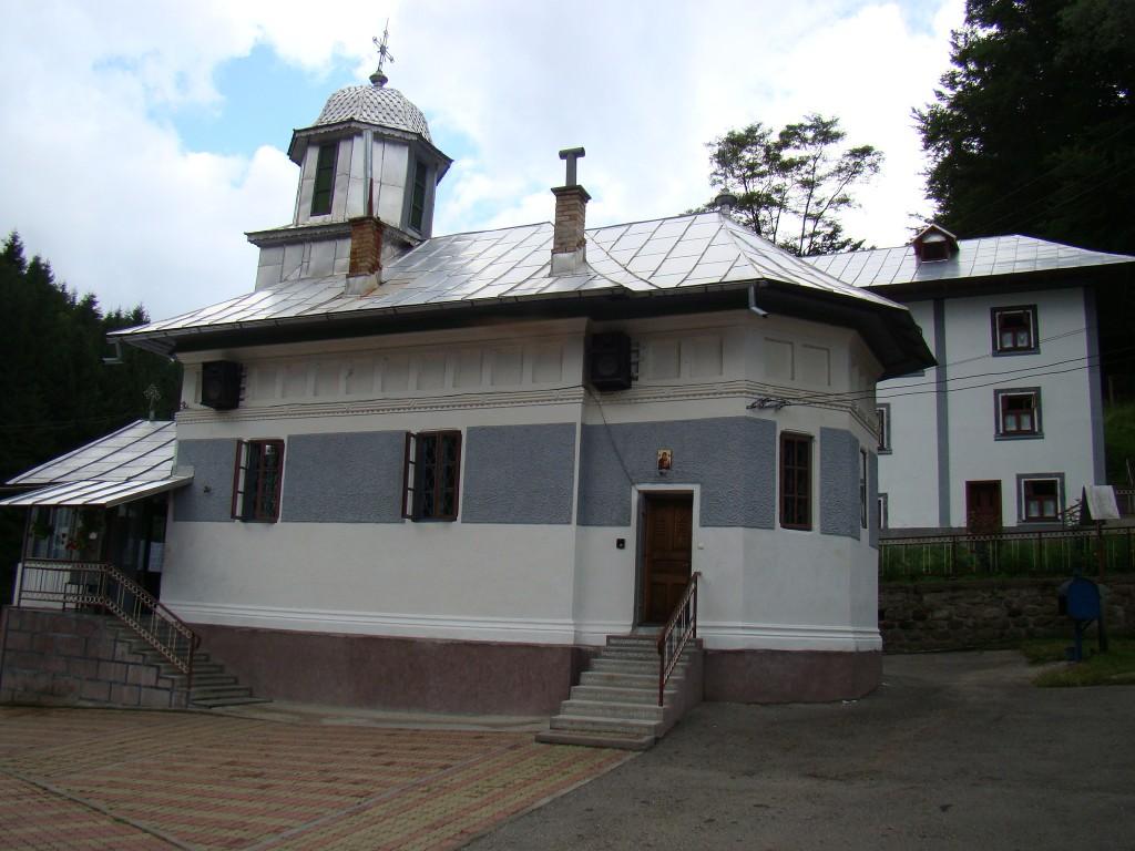 Mănăstirea Frăsinei 2