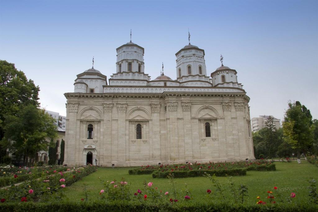 Mănăstirea Golia