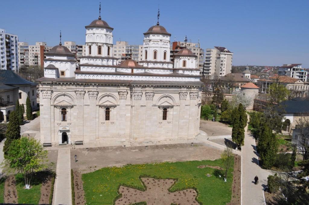 Mănăstirea Golia 3