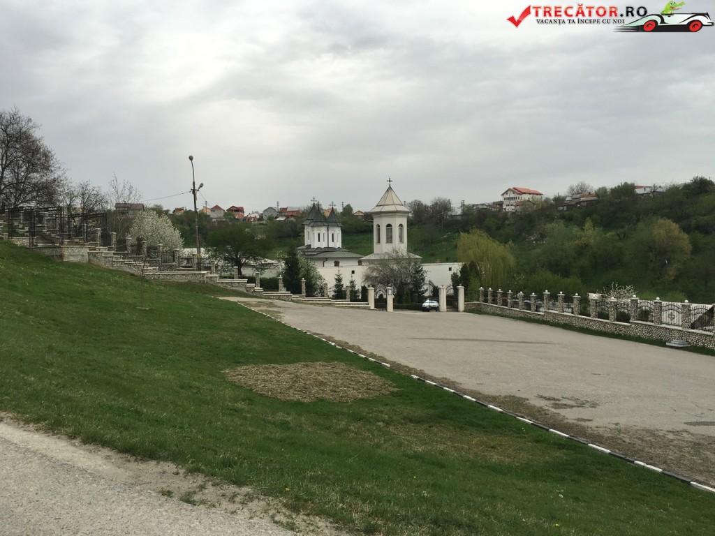 Manastirea Clocociov 1