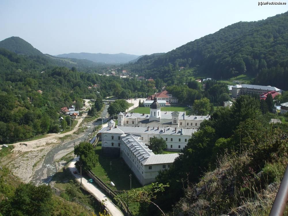 manastirea_bistrita 1