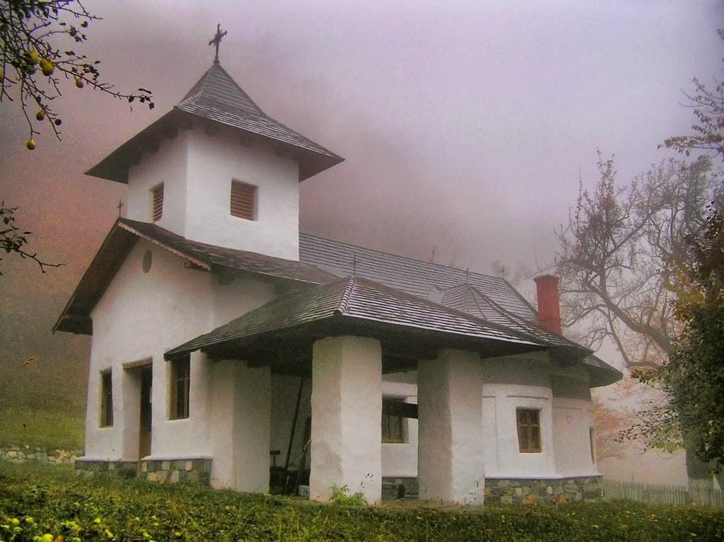 Mănăstirea Locurele 1