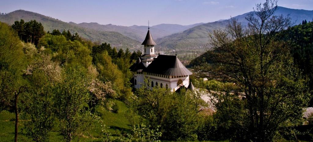 Mănăstirea Pângărați 1
