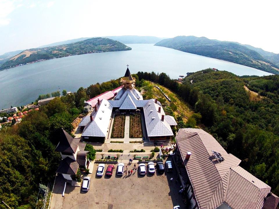 Mănăstirea Sfânta Ana 1