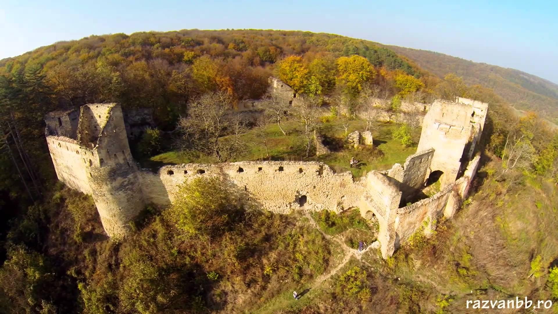 Cetatea Din Saschiz Trecator Prin Lume