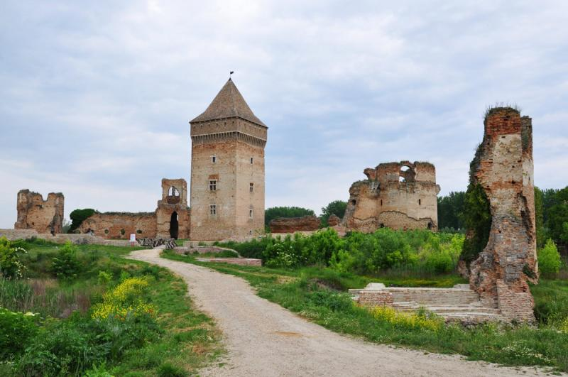 Fortăreața Bac