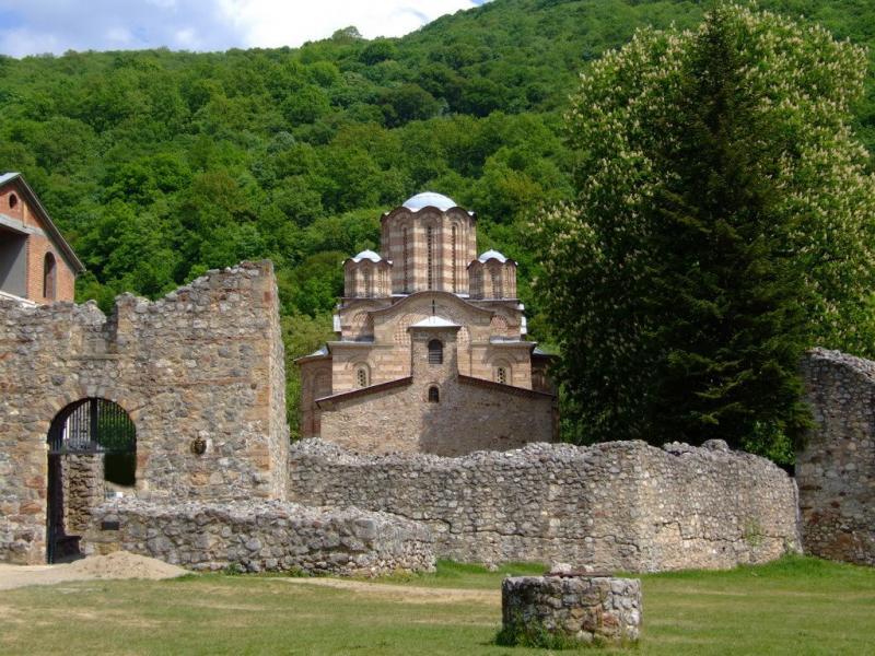 Manastirea Ravanica 1
