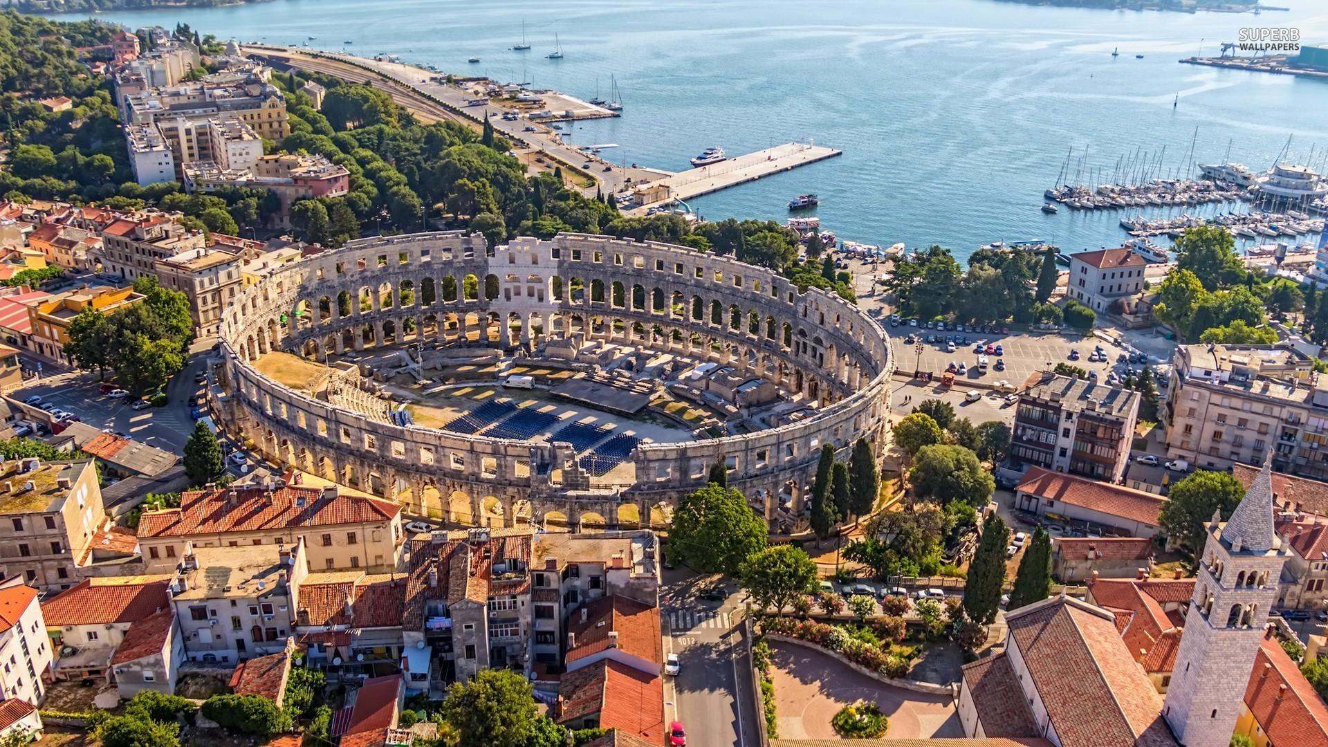 Orasul Pula, Croatia