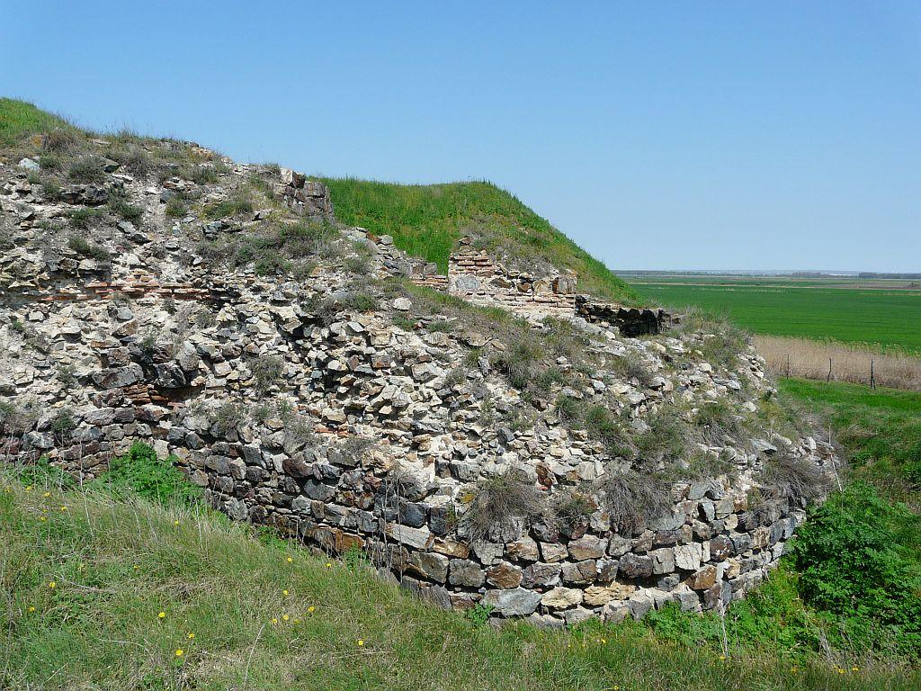 Cetatea Dinogetia, Turnul nr. 4