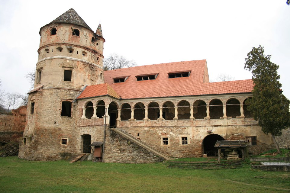 Castelul Teleki Gornesti