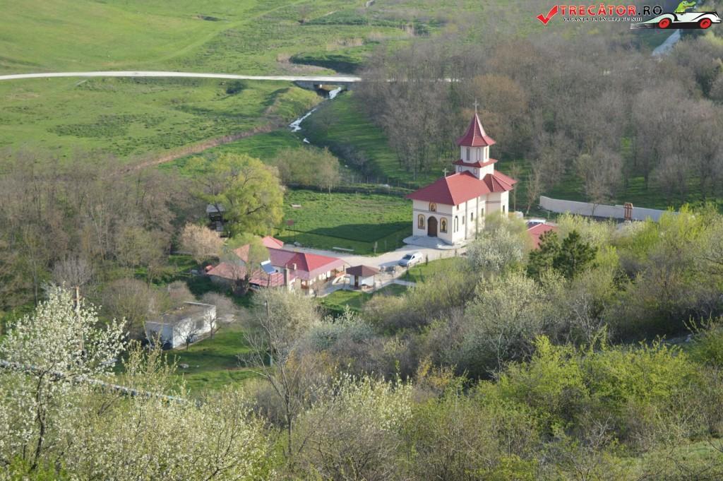 Mănăstirea Sf Dionisie Targusor 33
