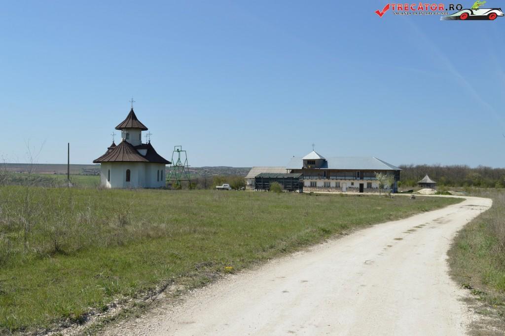 Manastirea Dumbravenii 8
