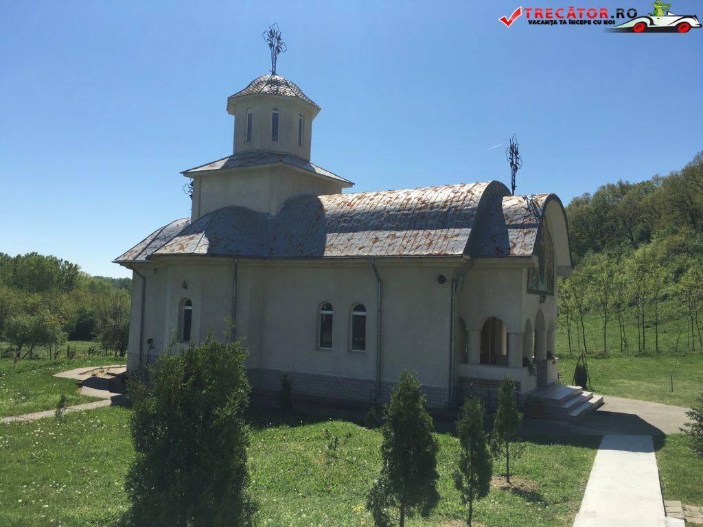 Manastirea Mainesti 7