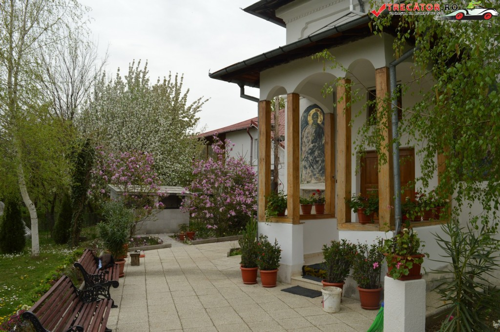 Manastirea Streharet 18