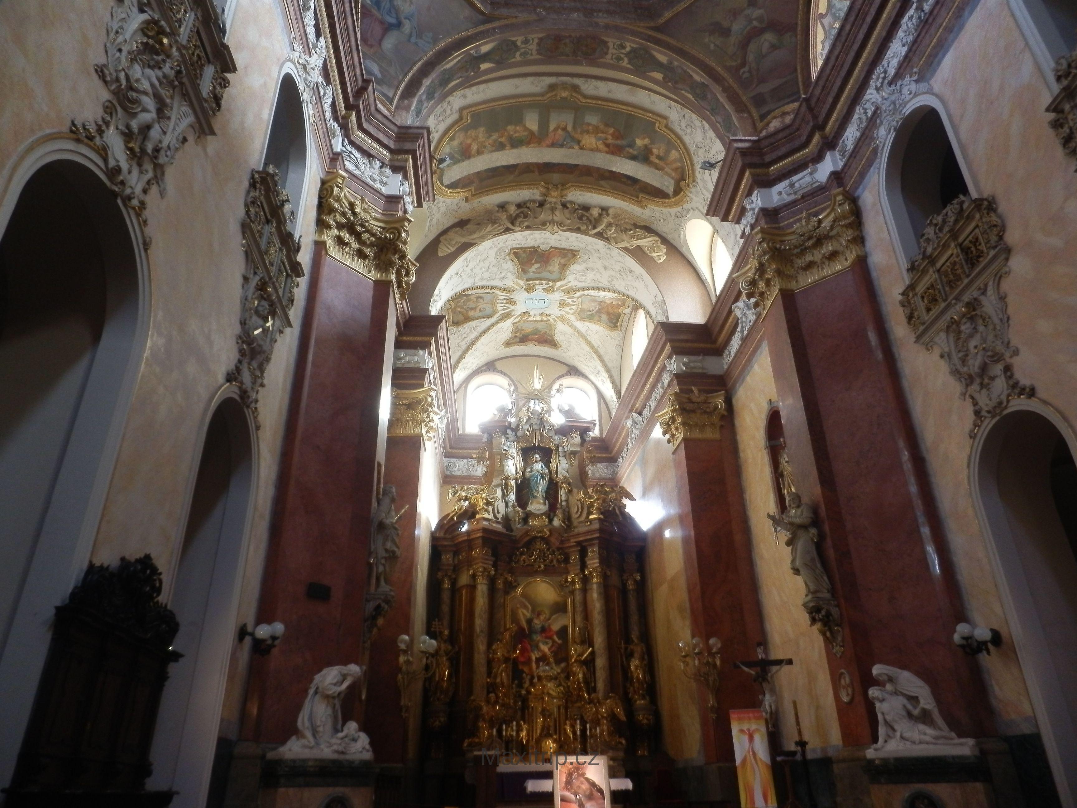 biserica-sf-mihail-din-olomouc-cehia