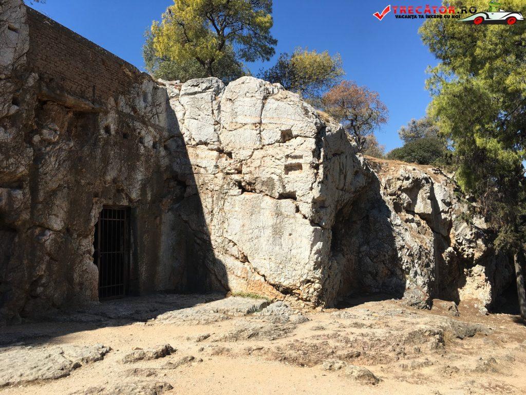 inchisoarea-lui-socrate-atena-grecia-11