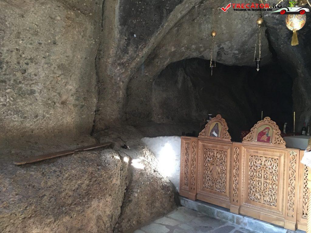 manastirea-sfantul-nicolae-anapafsas-meteora-grecia-13